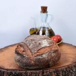 Pa antic de farina ecològica.
